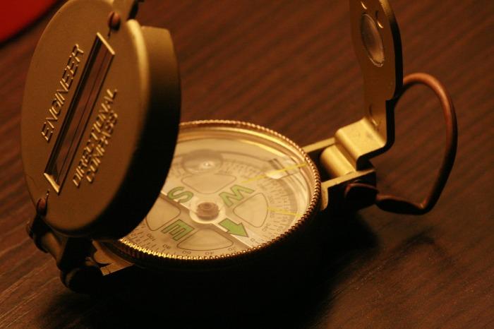 compass-252948_1920